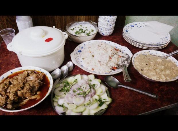 pulao-mangsho-shahi paneer-salad-raita