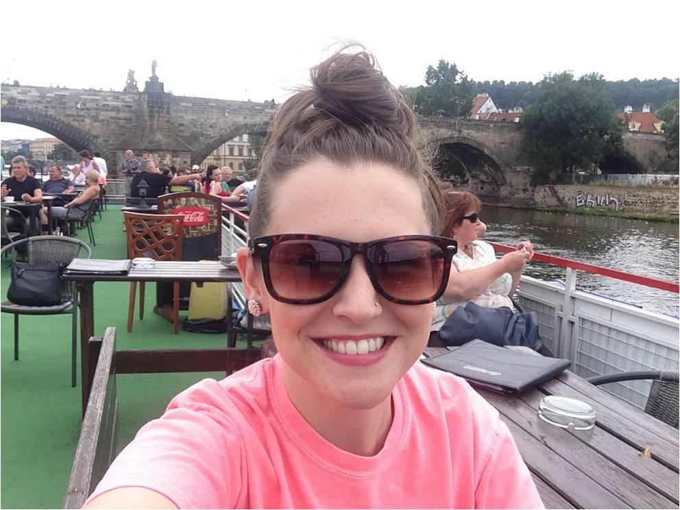 The customary travel selfie